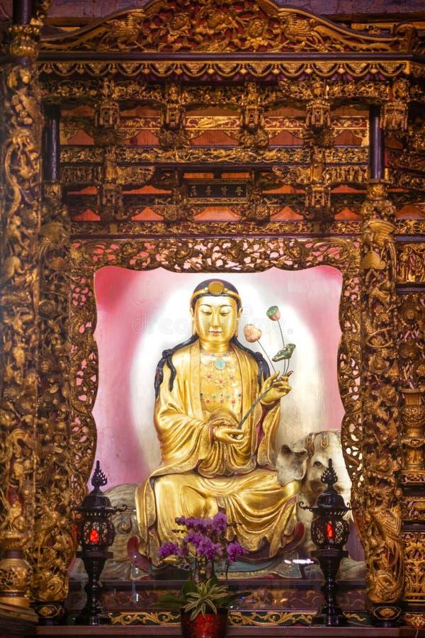 Тайбэй/Taiwan-25 03 2018: Света в виске Baoan в Тайбэе стоковое изображение rf