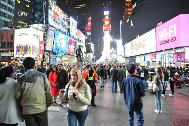 Таймс площадь на ноче III стоковые изображения