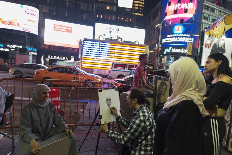 Таймс-сквер вечером в Нью-Йорке, США стоковое изображение