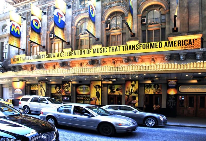 Таймс-сквер отличено с театрами Бродвей стоковые изображения rf