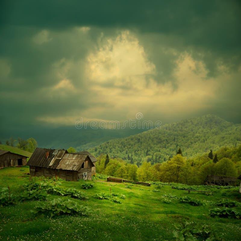 тайна горы ландшафта стоковые фото