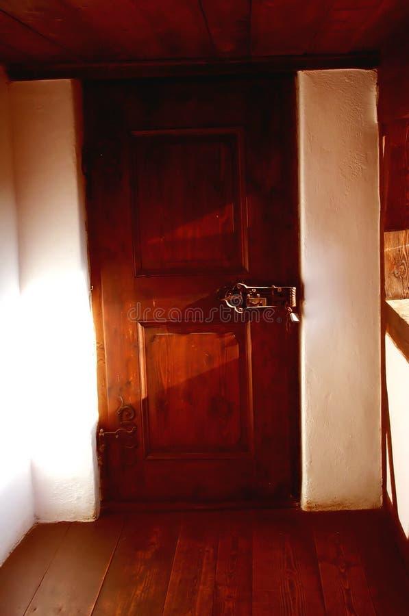 тайна двери