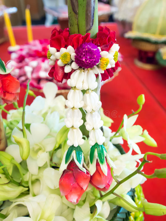 Тайская гирлянда цветка стоковая фотография