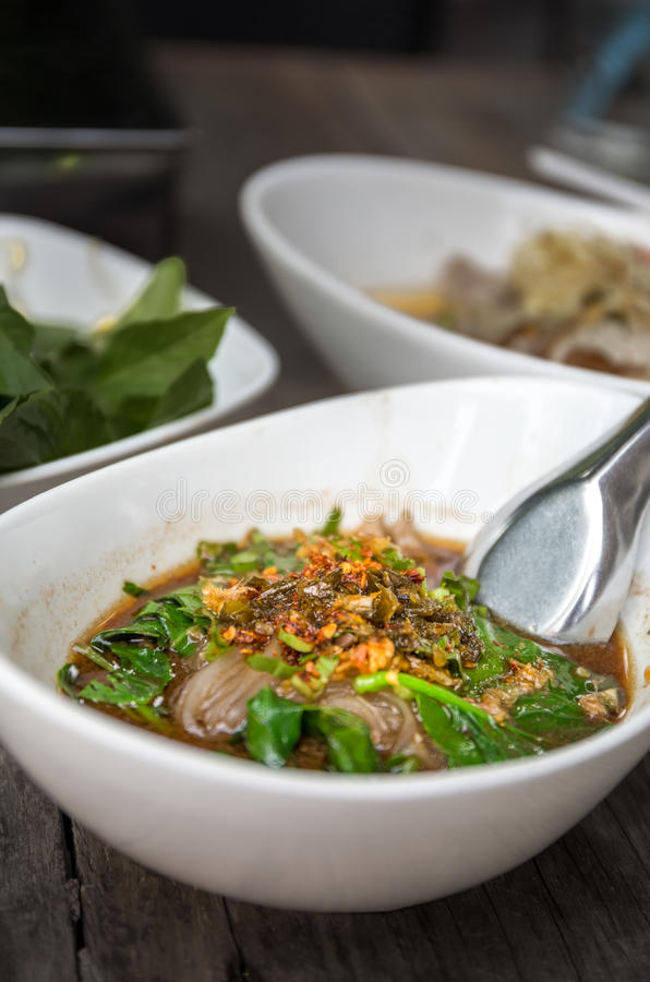 Тайская еда, селективный фокус, HDR стоковое фото rf