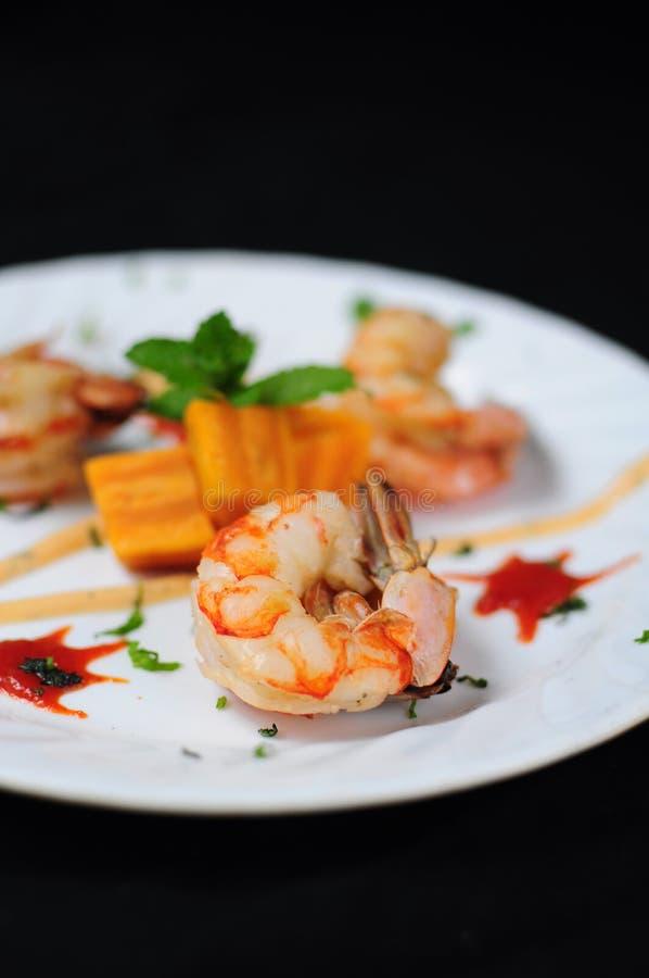 Тайская закуска креветки стиля стоковые фото