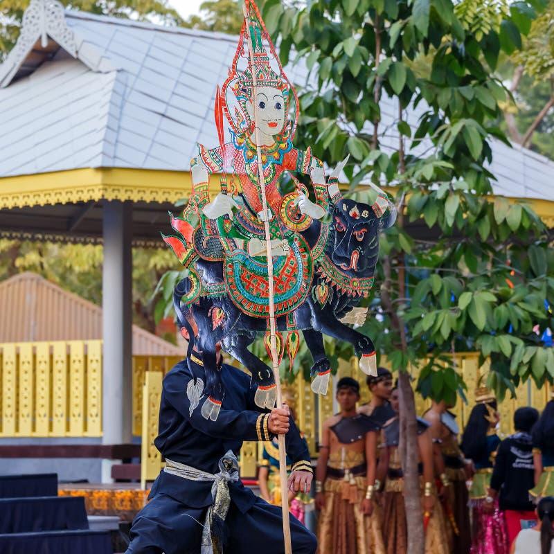 Тайская кожаная марионетка стоковые фотографии rf