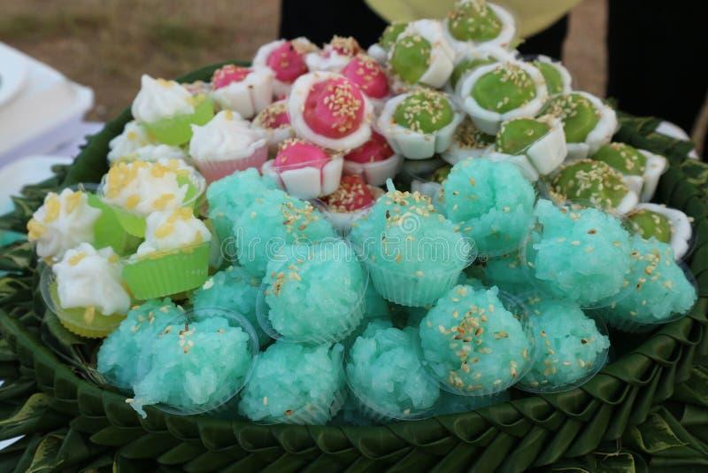 Тайская кухня имеет разнообразие шармы и десерты в красивом цвете стоковое изображение