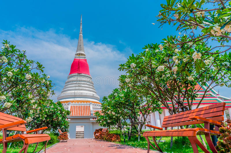 Тайская пагода на Phra Samut Chedi в Samut Prakan, Таиланде стоковые фото
