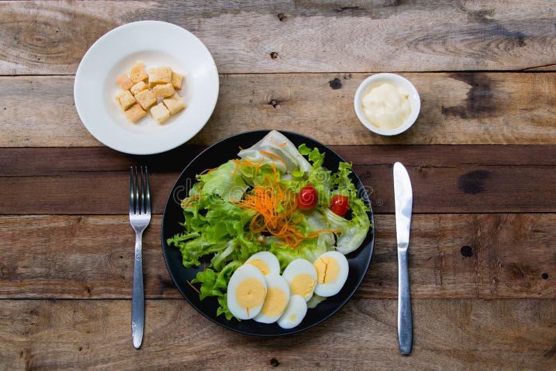 Тайская паприка на белом блюде стоковая фотография