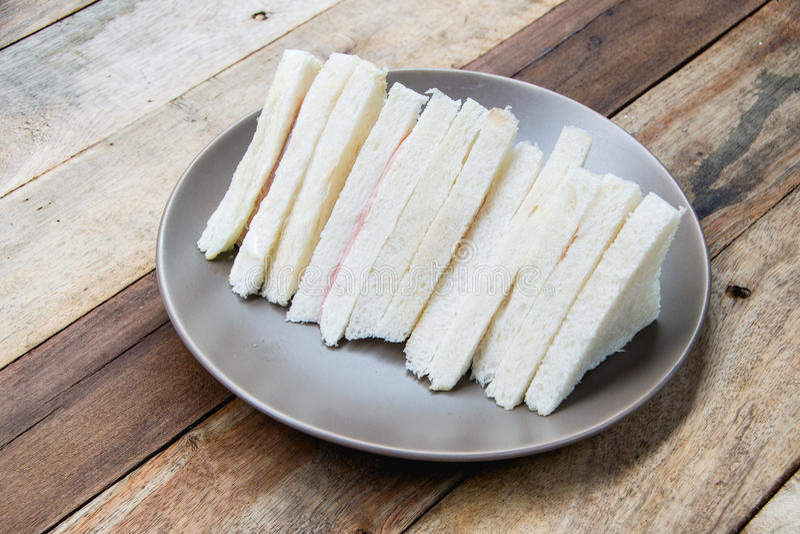 Тайская паприка на белом блюде стоковая фотография rf