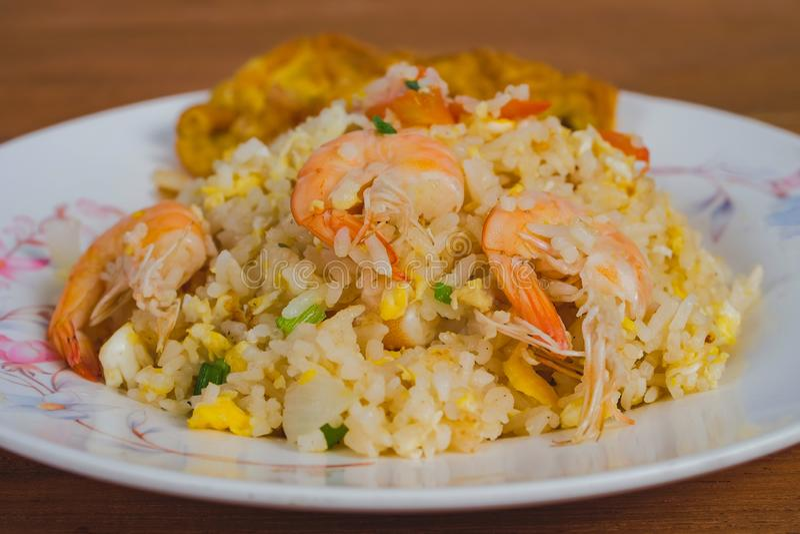 Тайская увольнятьая еда риса традиционная, еда улицы стоковые изображения rf