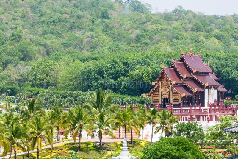 Тайский архитектурноакустический стиль здания стоковое изображение