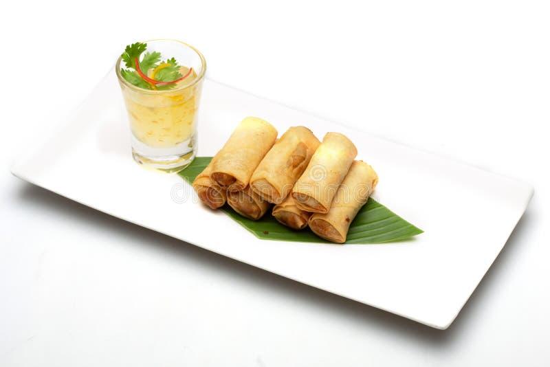 Тайский блинчик с начинкой еда изолированная на белой предпосылке стоковая фотография