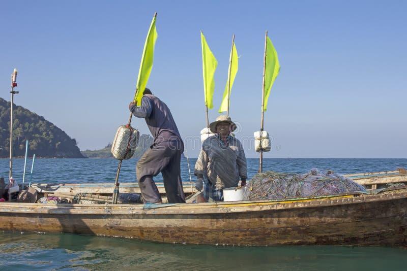 Тайский рыболов и его жена стоковое изображение