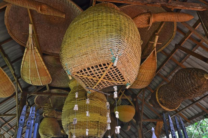 Тайский сплетенный бамбук для охотника рыб в музее стоковое изображение