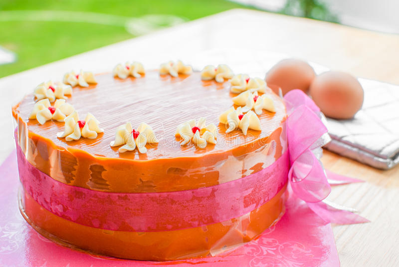 Download Тайский торт слоя чая стоковое фото. изображение насчитывающей плита - 33737408