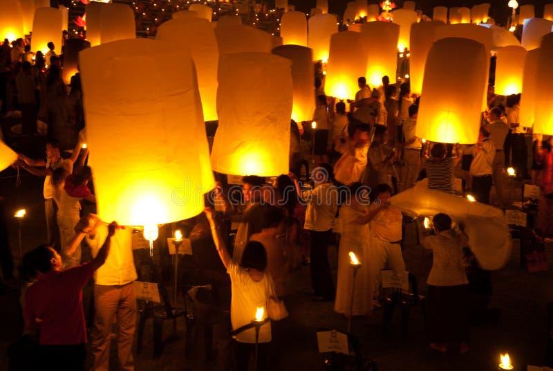 Тайский традиционный фонарик воздушного шара Newyear. стоковые фотографии rf