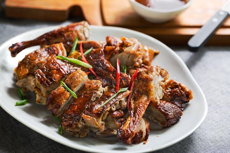Тайским цыпленк цыпленок зажаренный в духовке стилем стоковая фотография rf