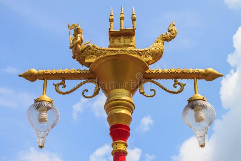 Тайское искусство и тайский уличный фонарь стиля стоковая фотография rf