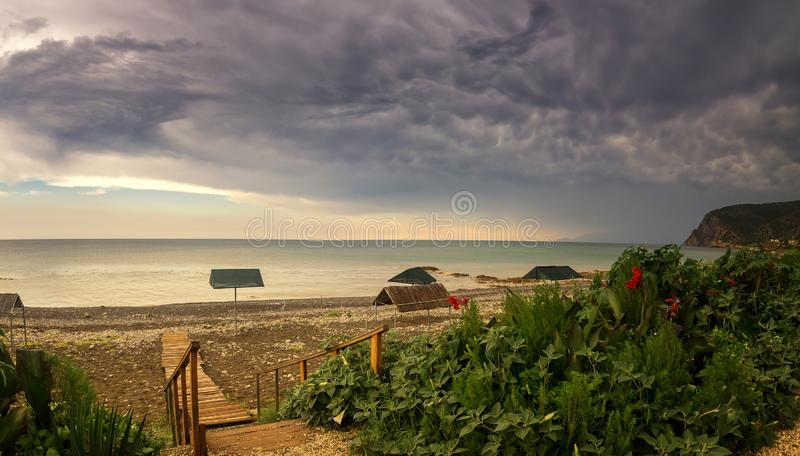 Тайфун на побережье Чёрного моря, Крым стоковое фото