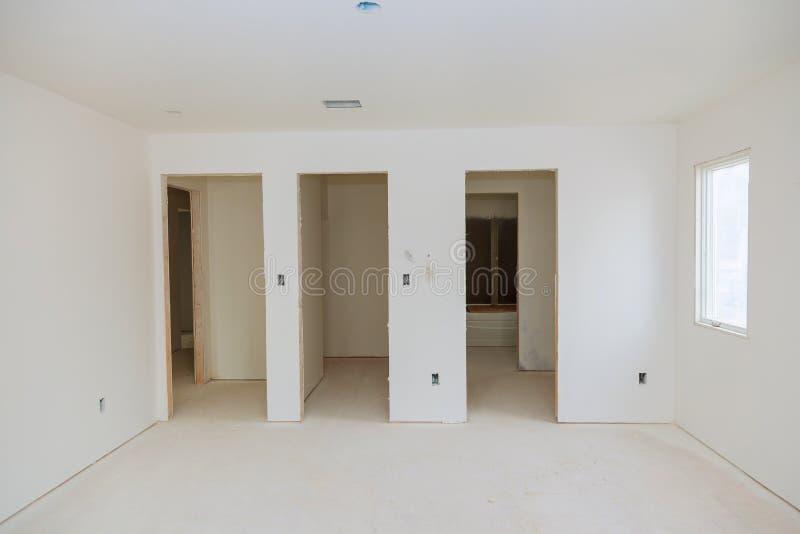 также пола конструкции соединений шкафов электрические самонаводят древесина нутряной новой частично комнаты hvac твиновская неза стоковое изображение