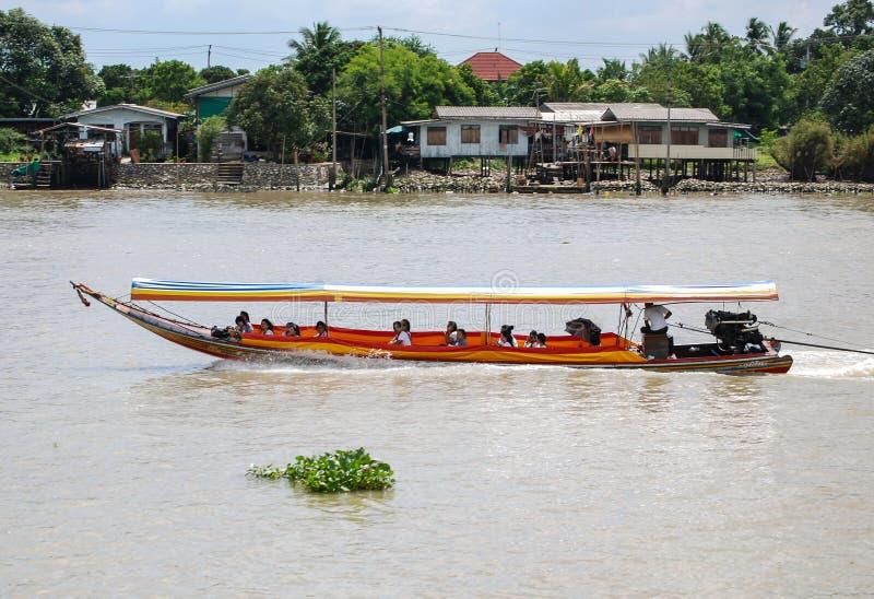 Такси воды на Chao Реке Phraya стоковые изображения rf