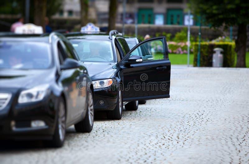 таксомотор автомобилей стоковое изображение