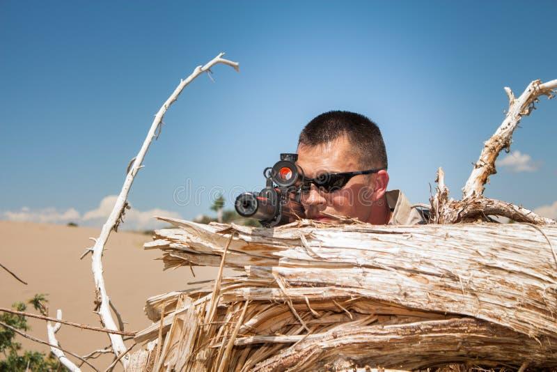 Тактический специальный снайпер ops стоковая фотография