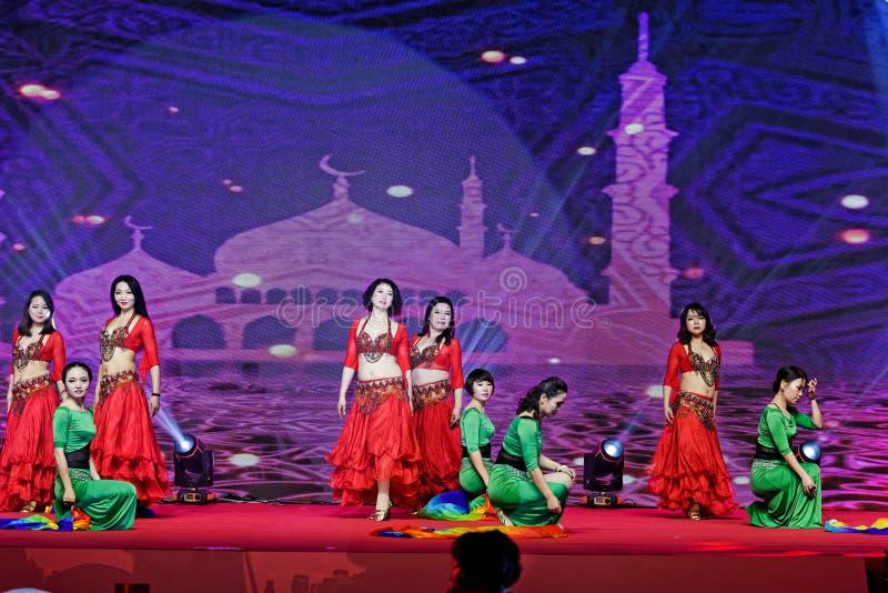 Танец живота стиля жемчуга и нефрита ожерель-турецкий стоковые фото