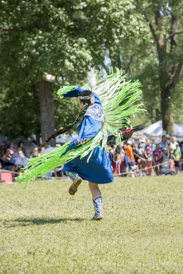 Танец коренного американца стоковое изображение rf