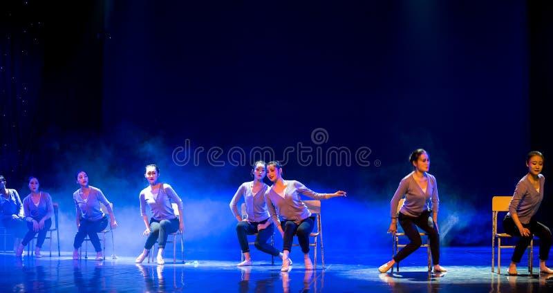 Танец курс-Класс-кампуса тренировки тела стоковое фото rf