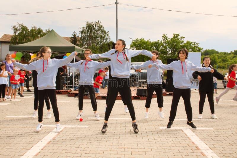 Танец улицы в городском стиле стоковая фотография rf