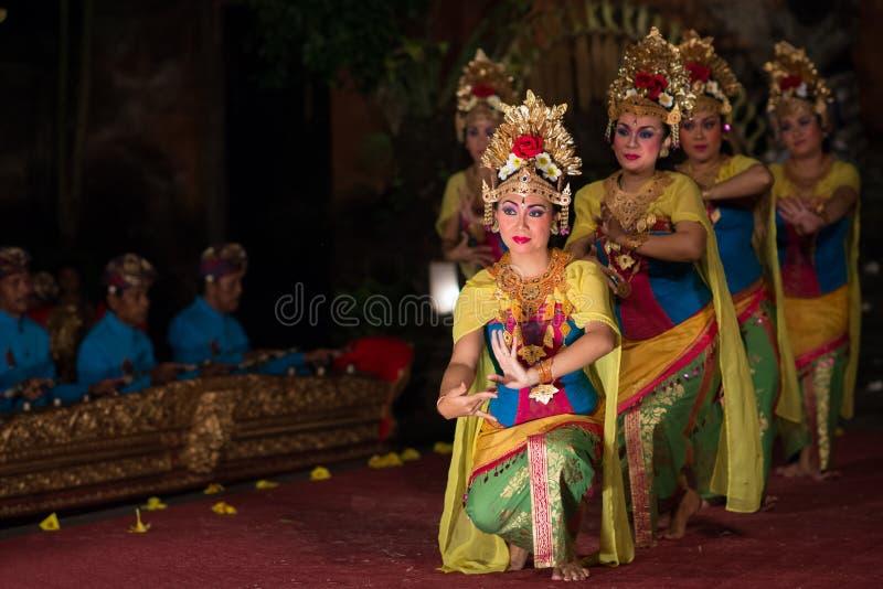 Танец Barong в Бали стоковое изображение