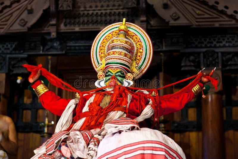 Танец Kathakali в форте Cochin, Керале, Индии стоковые фото