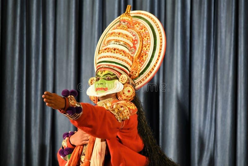 Танец Kathakali классический, Thekkady, Керала стоковое фото rf