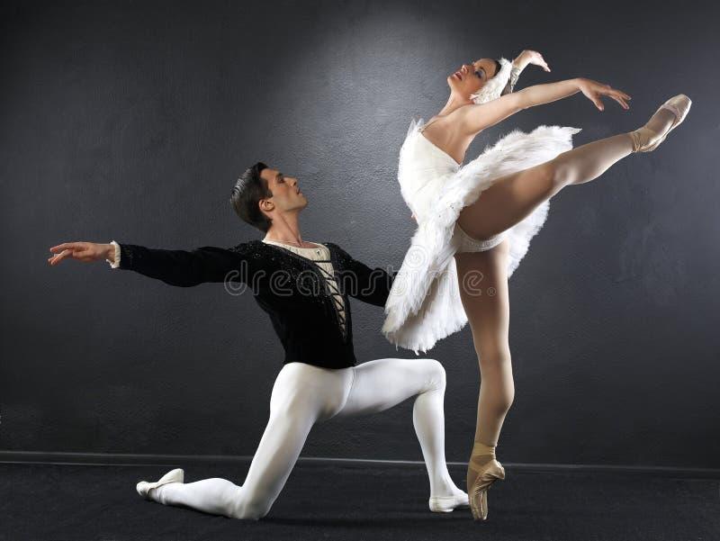 танцоры балета стоковое изображение rf