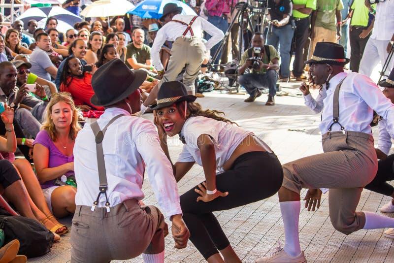 Танцоры джазового фестиваля Safaricom стоковые изображения rf