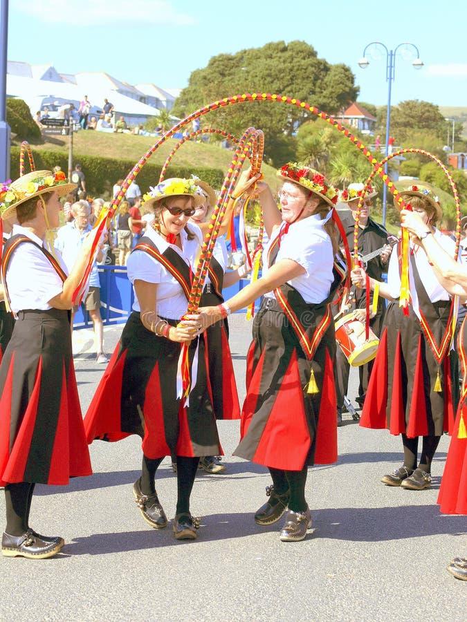 Танцоры на фольклорном фестивале, Swanage стоковые фото