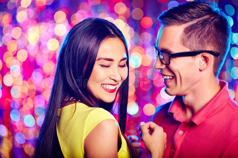танцоры счастливые стоковые изображения rf