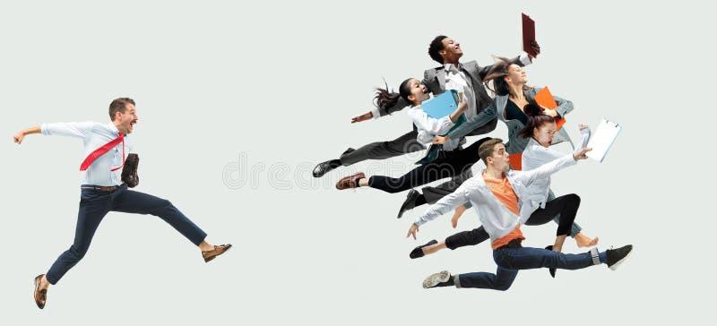 Танцоры Office или балета прыгают на белом фоне стоковое фото rf