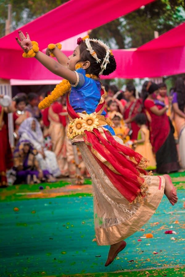 Танцор летая стоковое изображение