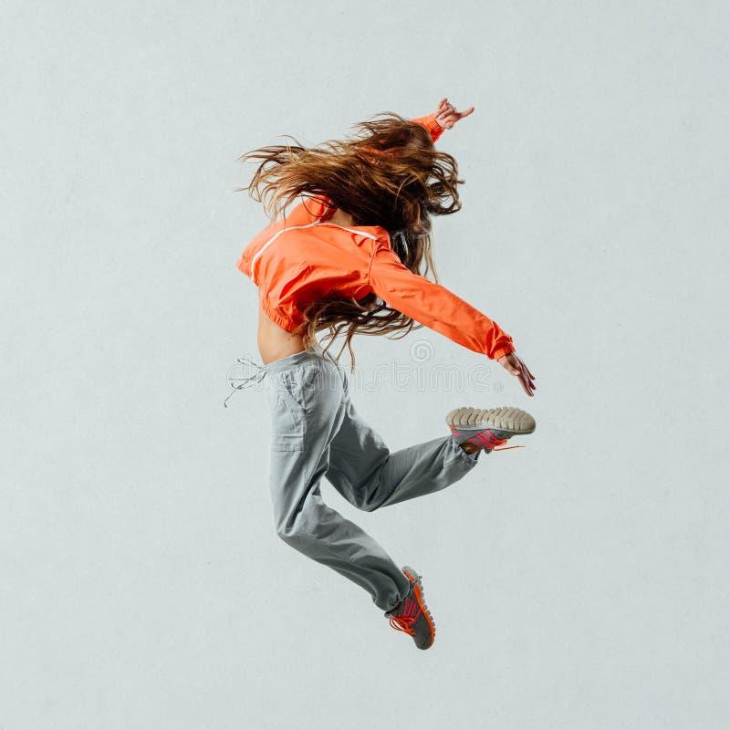 танцор скача самомоднейший тип стоковые изображения