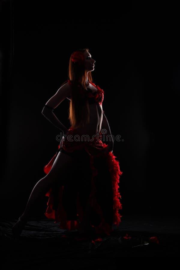 Танцулька в темноте стоковая фотография