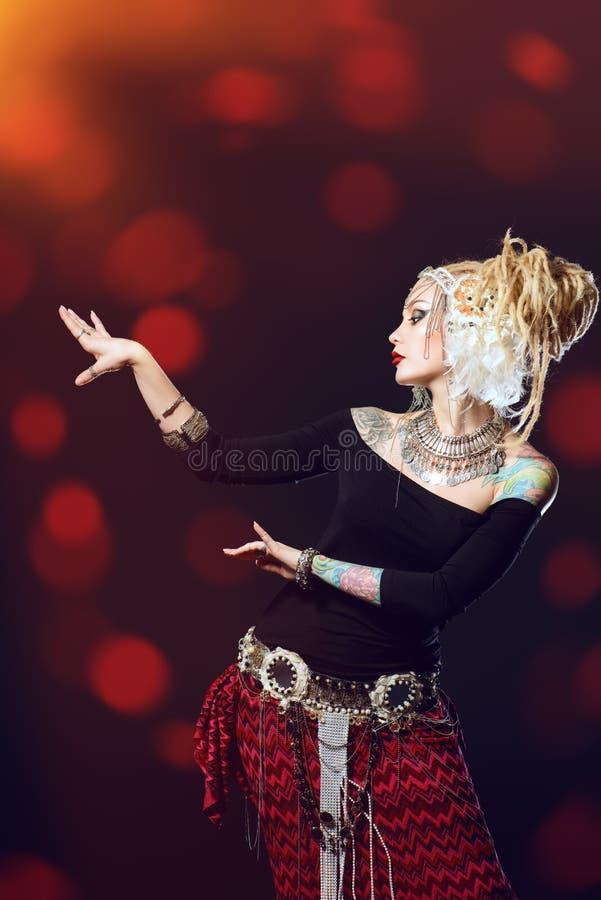 Танцы Египта стоковая фотография