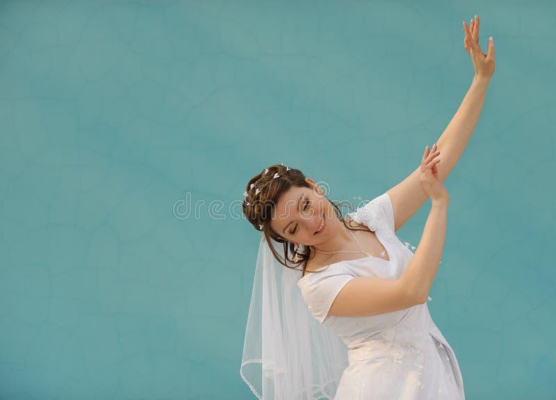 танцы невесты стоковое изображение