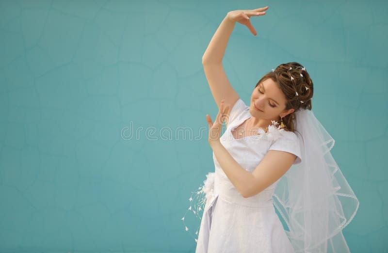 танцы невесты стоковые изображения rf