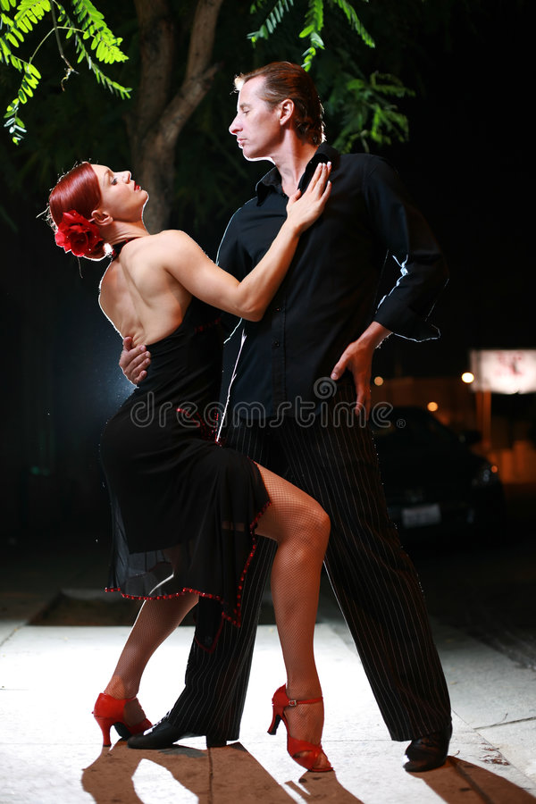 танцы пар стоковое изображение rf