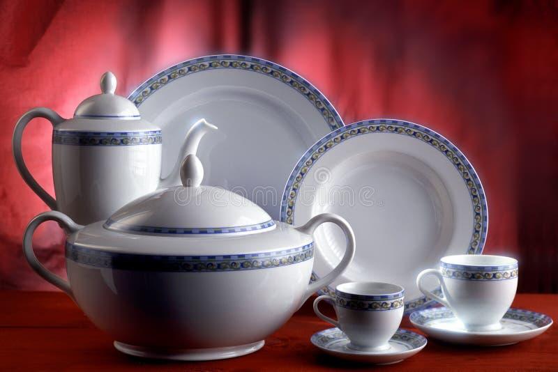 тарелки чашек стоковые изображения rf