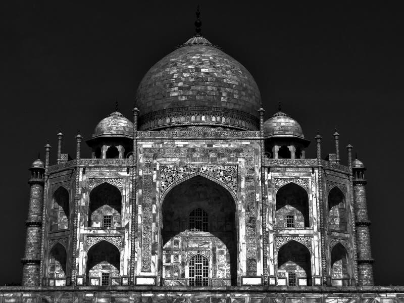 Тадж-Махал залитый лунным светом стоковое изображение rf