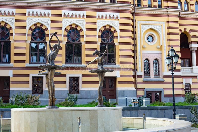 ТБИЛИСИ, GEORGIA - 8-ОЕ МАРТА 2016: Грузинский национальный театр оперы и балета построенный в 1851 в Тбилиси, Georgia стоковое фото rf